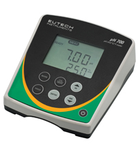 Máy đo pH để bàn model pH700
